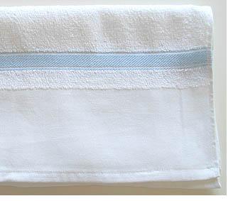 平地印刷ボーダーうす水色タオル(白)